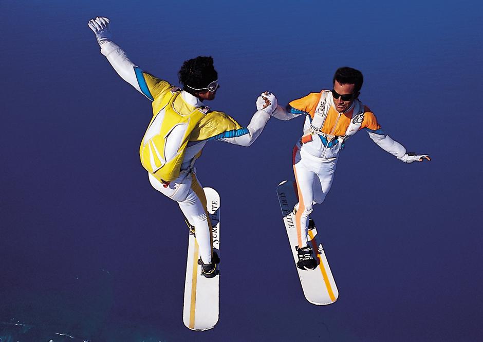 2014/10/skysurf1.jpg